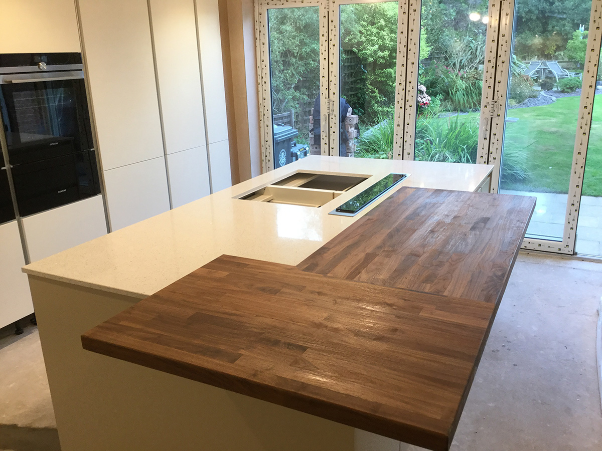 White Quartz With Island And Wooden Breakfast Bar Neo